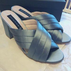 NEW Steve Madden Block Heel Satin Sandals in Blue